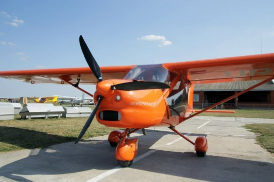 Полет на самолете А22