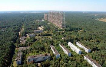 Політ на вертольоті в Чорнобиль