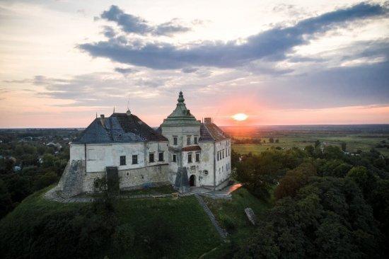 Полет на самолете над Олесским замком