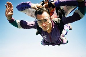 Как в первый раз прыгнуть с парашютом: советы новичку