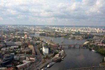 Політ на вертольоті Robinson R44 навколо Києва