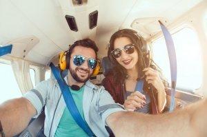 Сближайтесь — летайте вдвоем на самолете!